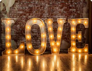 lighted love photo booth background
