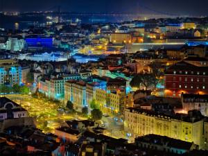 lisbon portugal at night